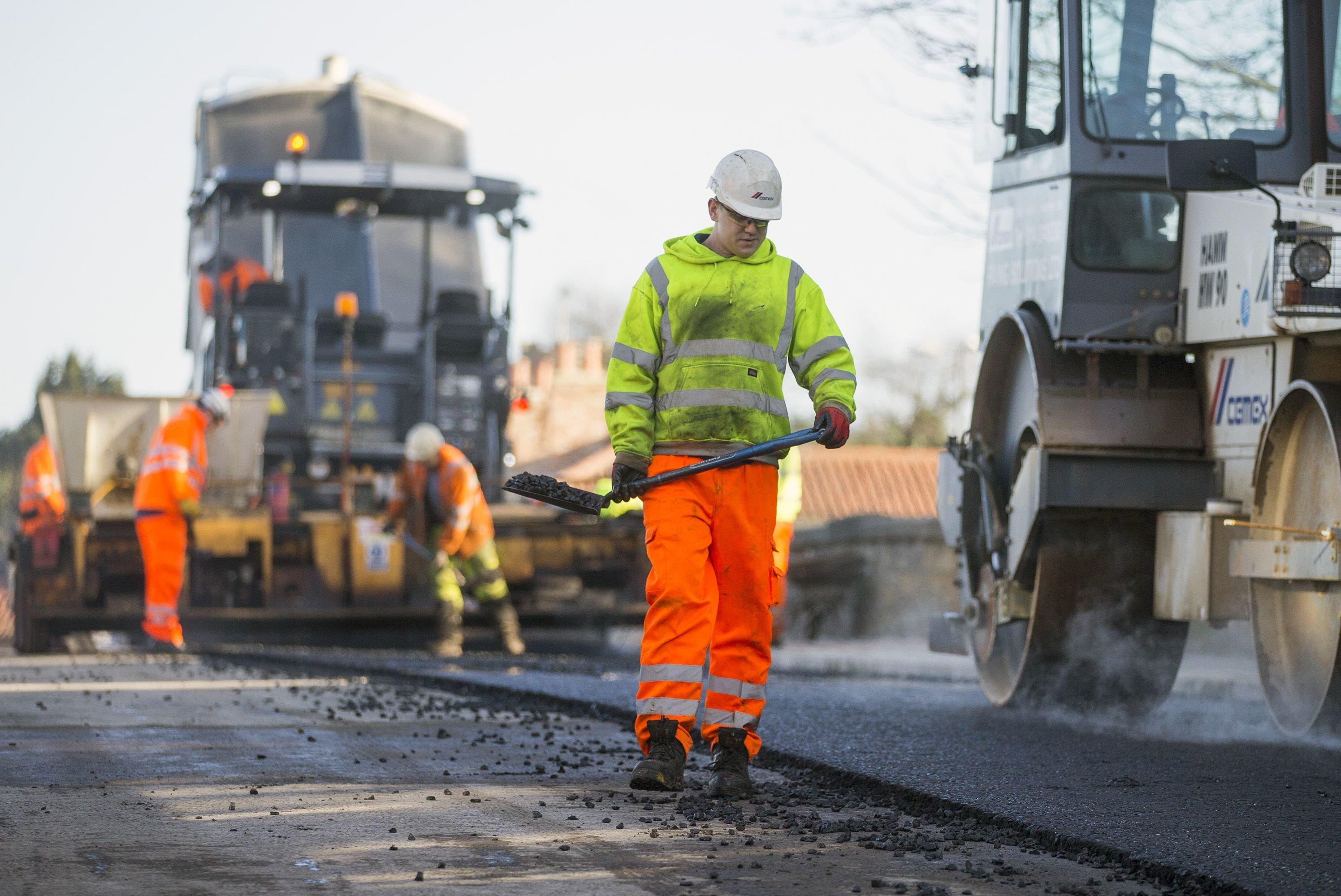 Oprava silnice (ilustrační foto)