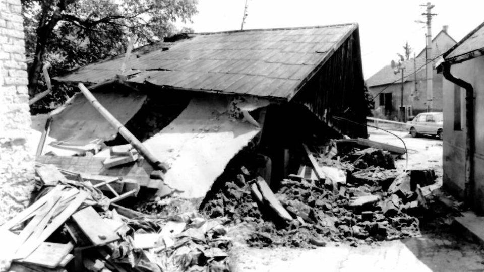 Následky povodně v Tlumačově 1997.