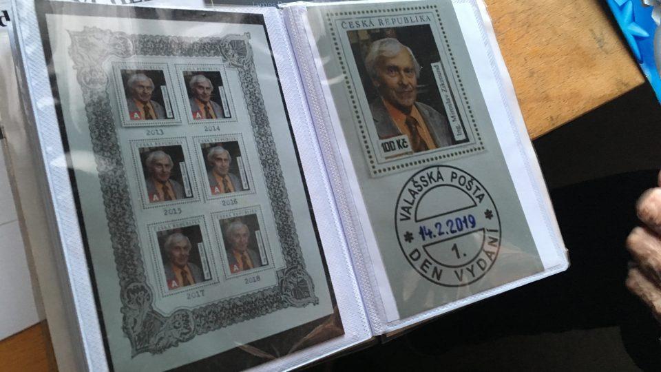 Miroslav Zikmund dostal od svého přítele Vladislava Jurčáka známky