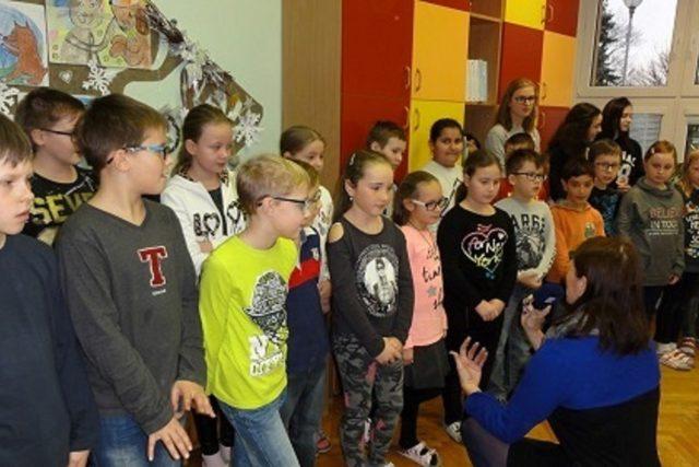 Děti z Prakšic zpívají v projektu Moravské děti | foto: Andrea Kratinová,  Český rozhlas