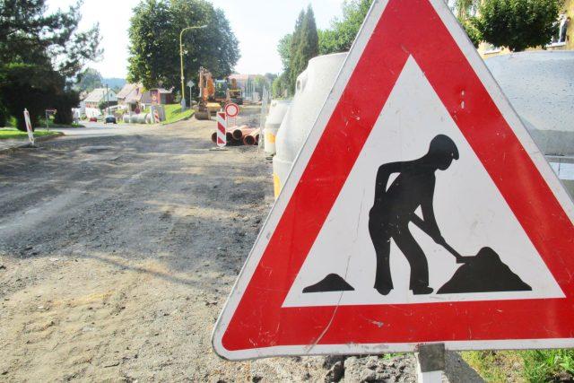 Opravy na silnici (ilustrační foto)