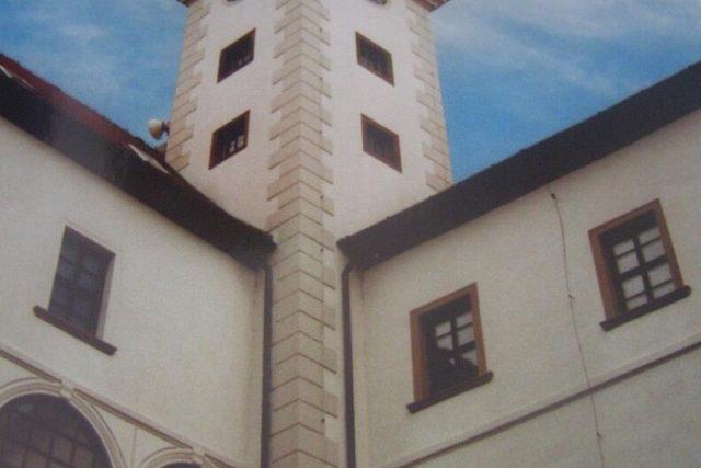 Na zámku v Uherském Ostrohu lidé hledají kořeny svých předků