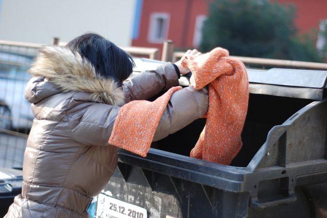 V Pardubicích brzy přibydou kontejnery na staré oblečení