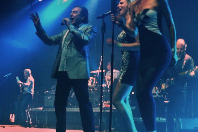 Karel Gott na Rock for People rozezpíval davy.