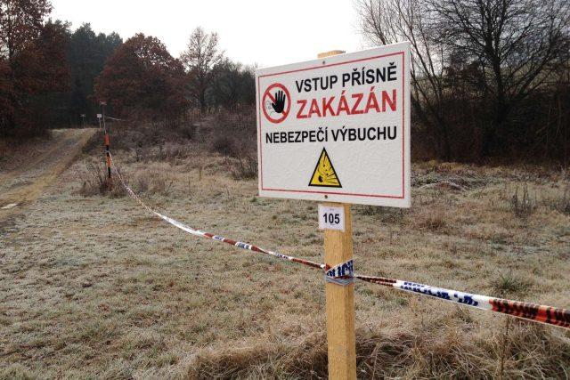 Bezpečnostní zóna u Vrbětic   foto: Roman Verner,  Český rozhlas