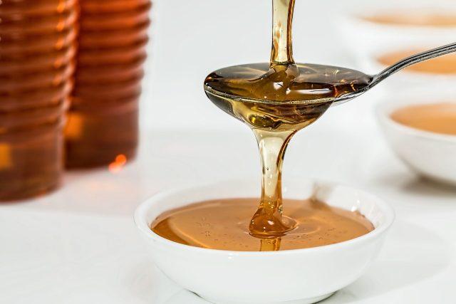 Kvalitní včelí med