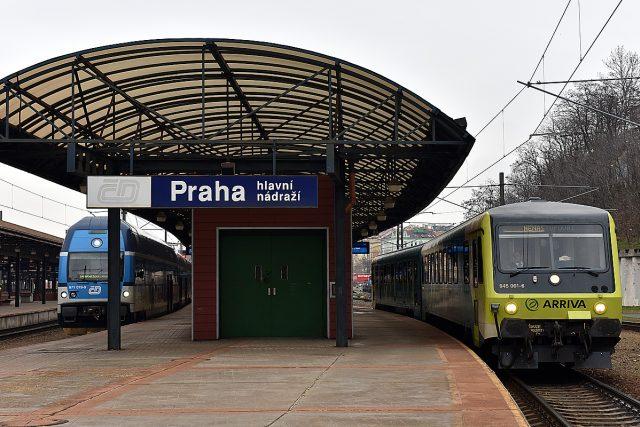 Arriva vlak, vlaky, dopravce, nádraží