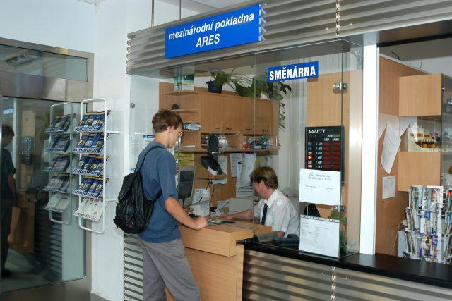 Předprodej jízdenek Českých drah (ilustrační)