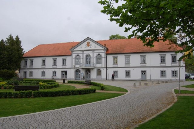 Bílovice na Uherskohradišťsku - zámek