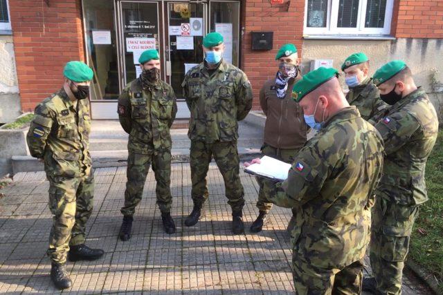 Nové armádní posily pro nemocnici ve Zlíně