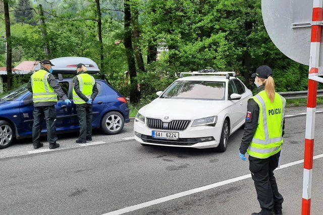 Přechod mezi Českou a Slovenskou republikou hlídají policisté