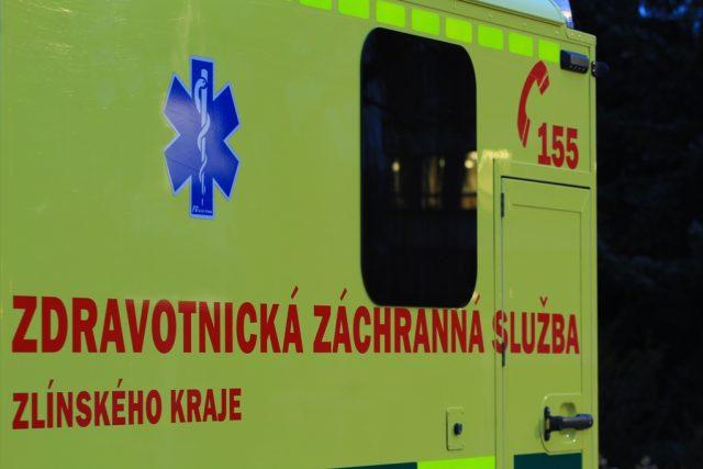 Baťova nemocnice Tomáše Bati ve Zlíně- vůz zdravotnické záchranné služby Zlínského kraje