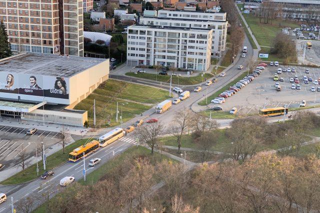 Křižovatka ulic Mostní a Březnická ve Zlíně