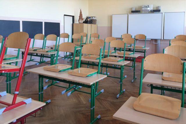 Děti ze základní školy v Protivíně si přišly pro vysvědčení