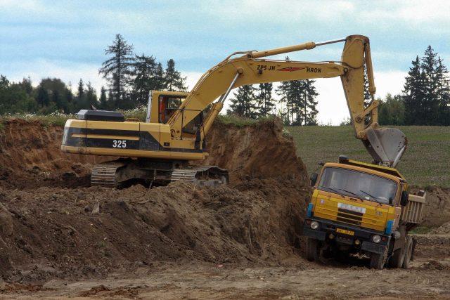 Stavba silnice (ilustrační foto)