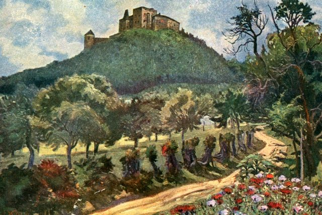 Javorová alej k hradu Buchlov na pohlednici z r. 1915