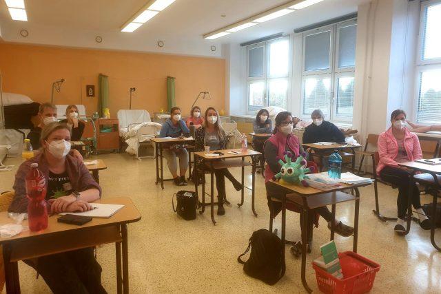 Školení dobrovolníků - kurzy Českého červeného kříže | foto: Veronika Žeravová,  Český rozhlas
