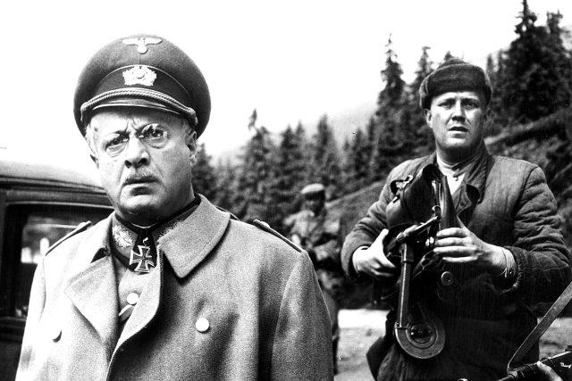 Záběr z filmu Smrt si říká Engelchen