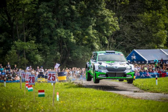 Škoda Fabia R5 Jana Kopeckého a Pavla Dreslera na Barum Rally ve Zlíně | foto: Profimedia